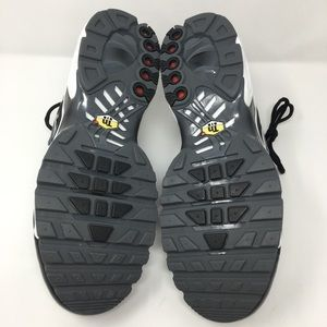 cf4d8719eff8 Nike Shoes - Nike Air Max Plus SE TN Tuned Pull Tab Size 10.5